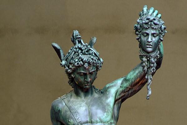 Eine schillernde Figur zwischen Genie und Wahnsinn – Uwe Neumahr über die temporeiche Biografie des Renaissance-Künstlers Benvenuto Cellini